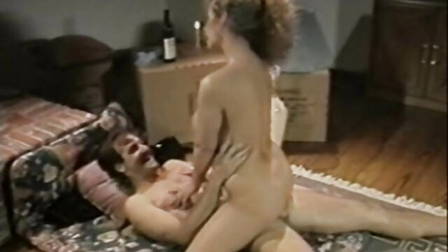 Porno 3D en el que un travesti se culiando a mi madre dormida folla a un robot