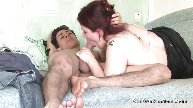 Ternura de mama cojiendo video la bañera