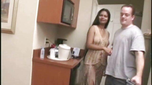 El chico se folló a una chica del grupo por videos madre e hijo cojiendo el culo