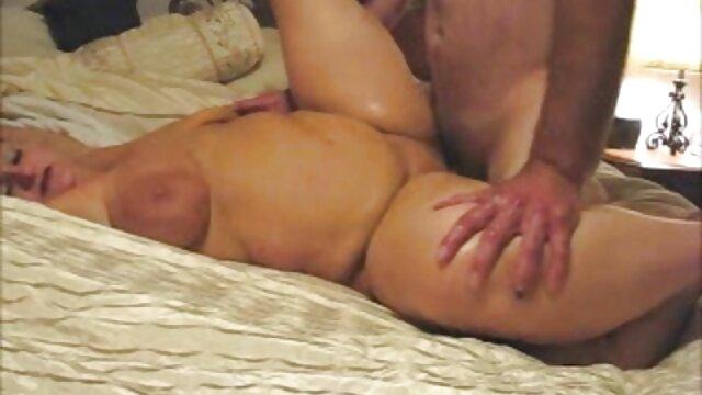 Joven rusa anal golpeada con erección mamas cojiendo con su hijo dura