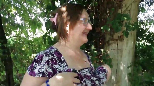 La garganta del libertinaje follando a mi mama mexicana