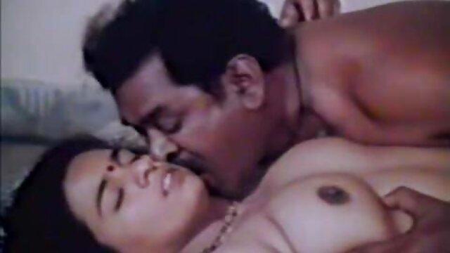 Frederica muestra la vagina mama cojiendo video de cerca