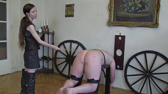 Porno en un video mama cojiendo con su hijo barco con una zorra sexy